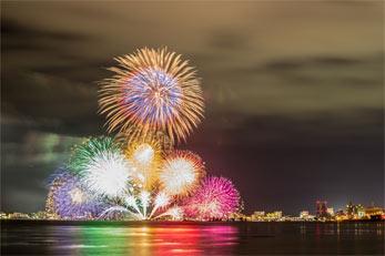 yokohama-fireworks.jpg
